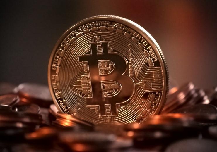 Pathway to Smart Economy with Blockchain